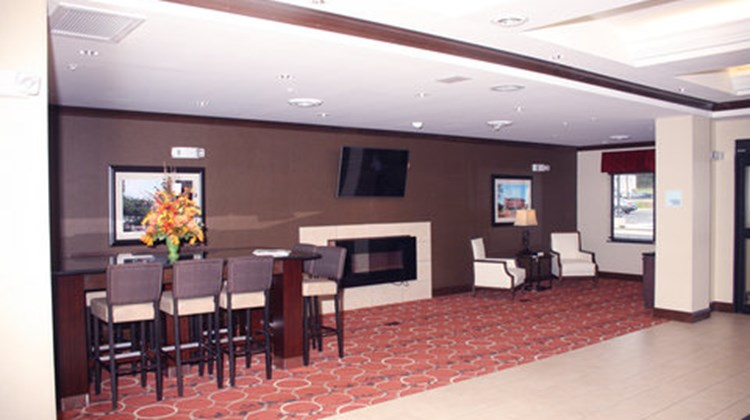 Holiday Inn Express & Suites La Vale Lobby