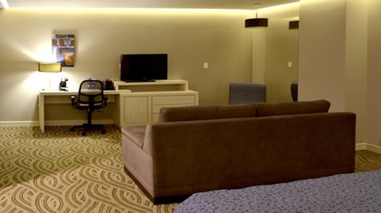 Holiday Inn Express Pachuca Suite