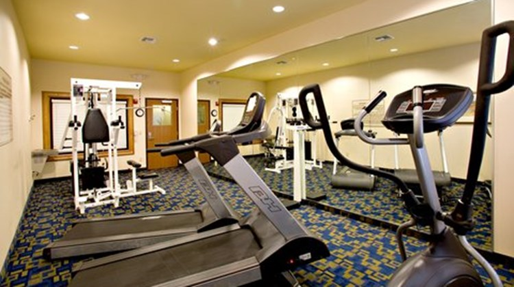 Holiday Inn Express Jourdanton Health Club