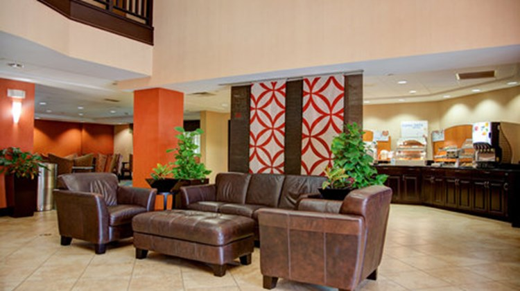 Holiday Inn Express & Suites Tyler South Lobby