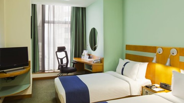 Holiday Inn Express - Causeway Bay Room
