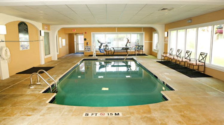 Holiday Inn Express & Suites Sumter Pool