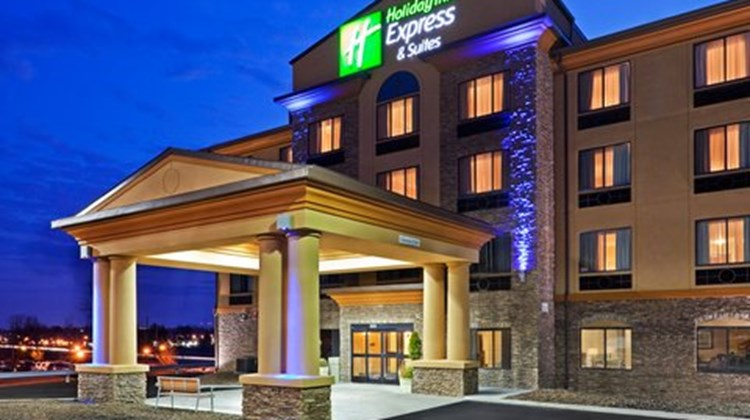 Holiday Inn Express & Sts Syracuse North Exterior