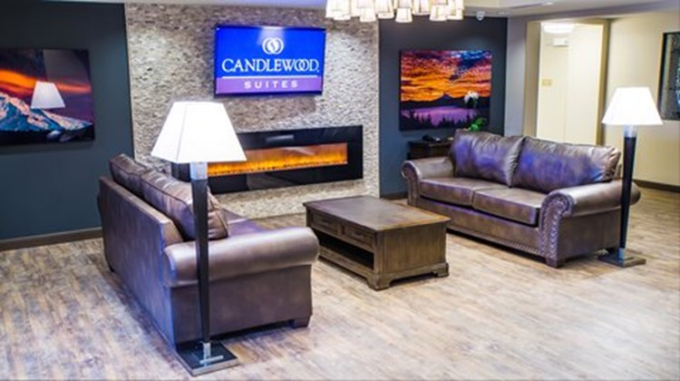 Candlewood Suites Vancouver-Camas Lobby