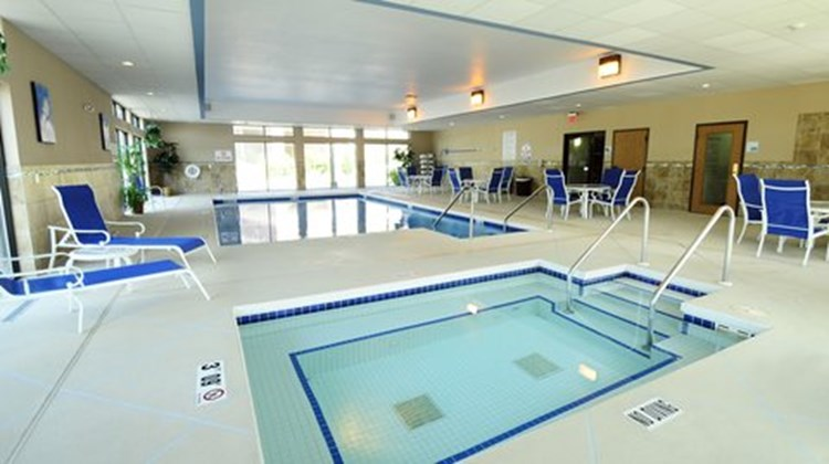 Holiday Inn Express & Suites Delafield Pool
