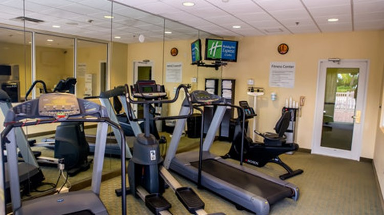 Holiday Inn Express Cocoa Health Club