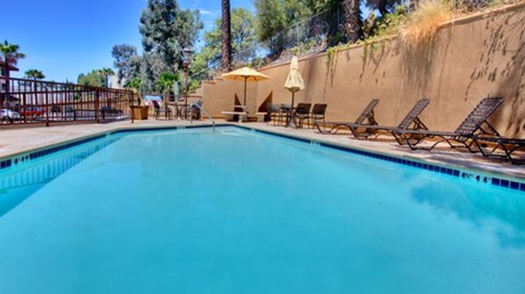 Holiday Inn of La Mesa Pool