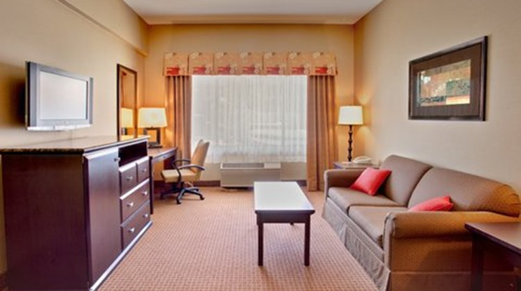 Holiday Inn of La Mesa Suite