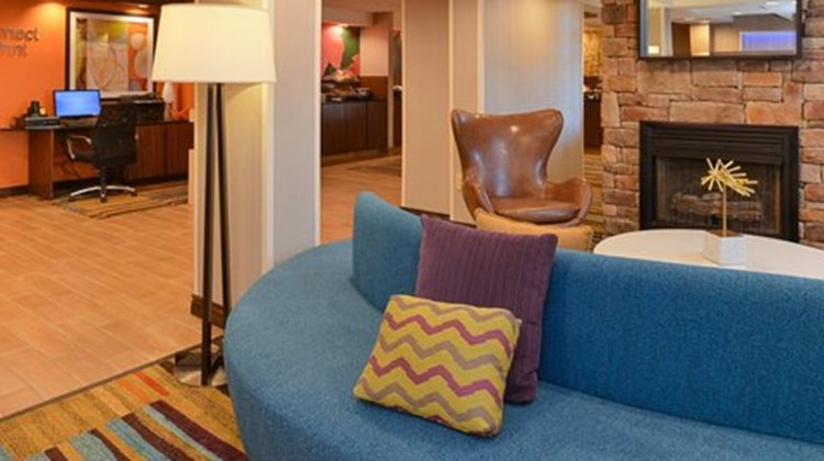 Fairfield Inn & Suites Lobby