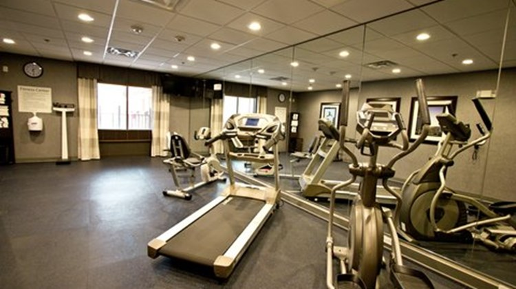 Holiday Inn Express Suites Lakeway Health Club