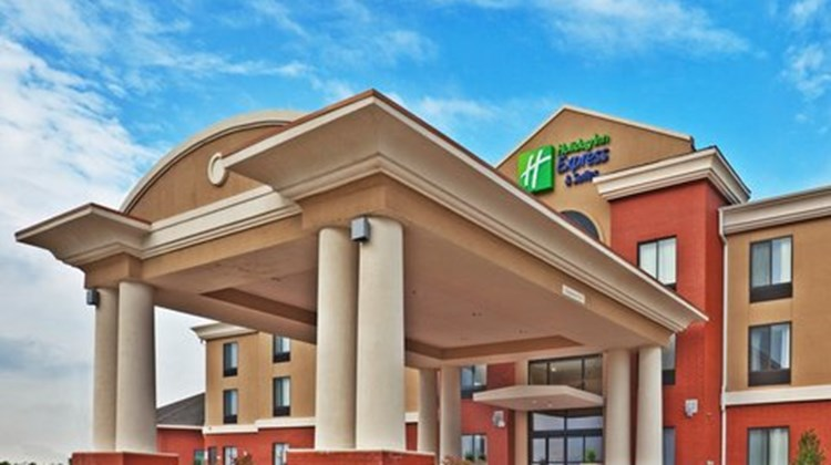 Holiday Inn Express Perry Exterior