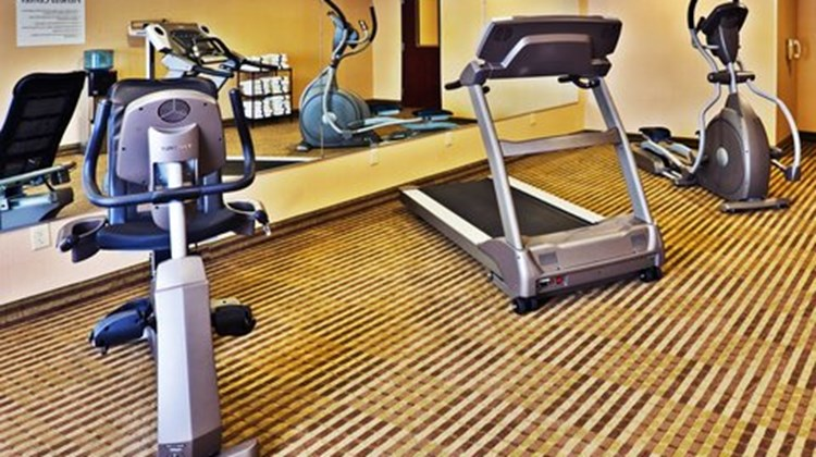 Holiday Inn Express Perry Health Club
