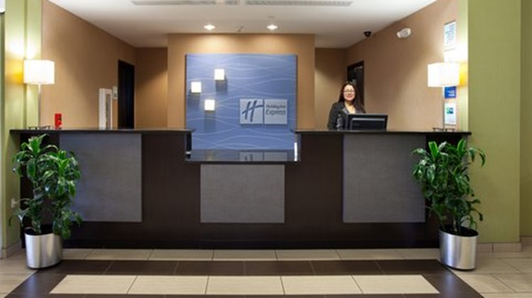 Holiday Inn Express Hotel & Suites Bixby Lobby