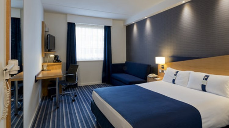 Holiday Inn Express Antwerp North Room