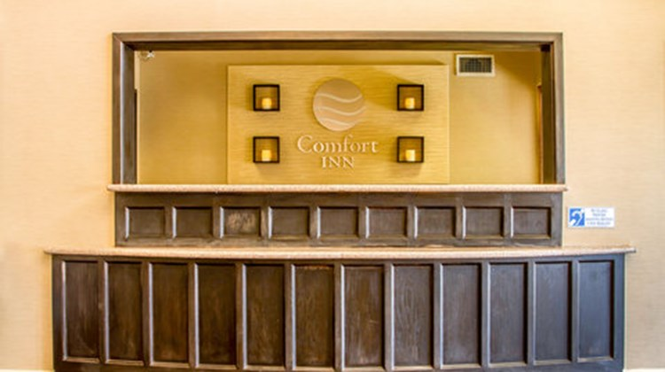Comfort Inn Lathrop-stockton airport Lobby
