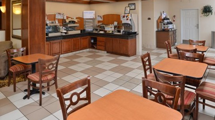 Country Inn & Suites Brownwood Restaurant