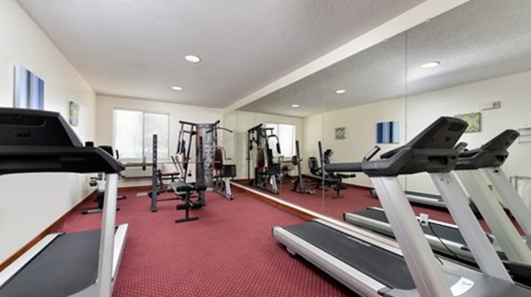 Country Inn & Suites Brownwood Health Club
