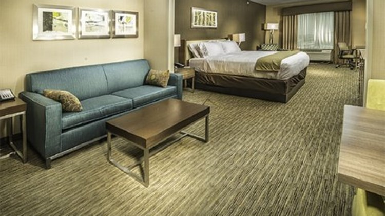 Holiday Inn Express & Stes Murray Suite