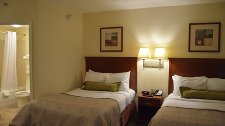 Candlewood Suites Ft Myers Northwest Room