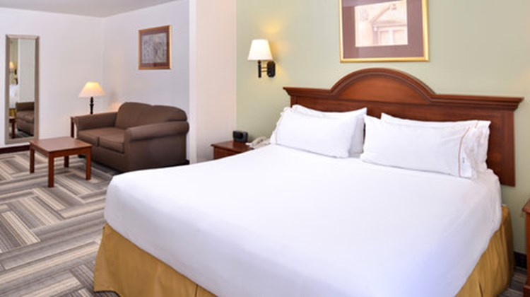 Country Inn & Suites Brownwood Room