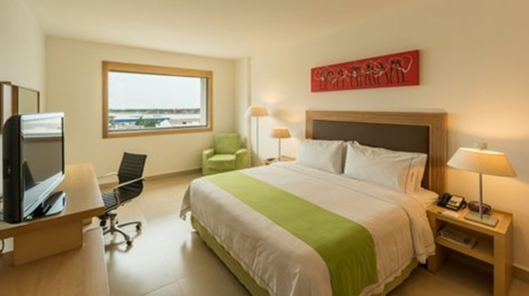 Holiday Inn Express Manzanillo Room
