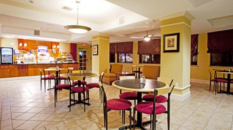 Holiday Inn Express & Suites Quincy I-10 Restaurant