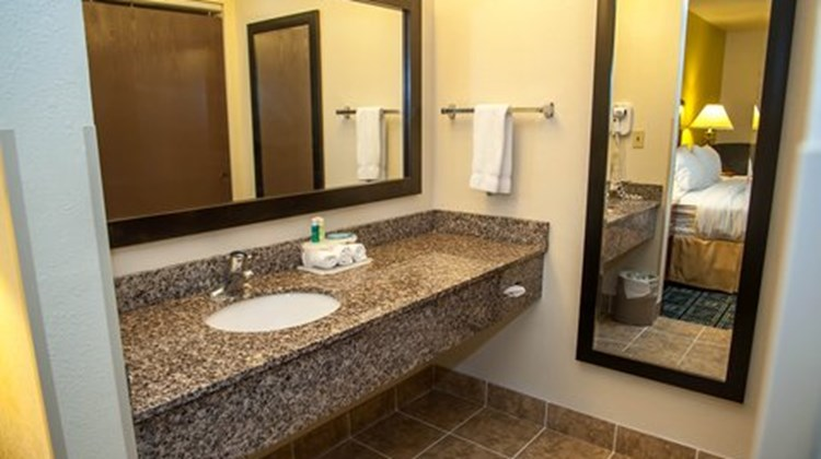 Holiday Inn Express Tucson Airport Room