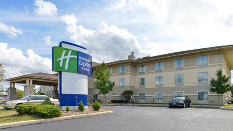 Holiday Inn Express Greenville Exterior