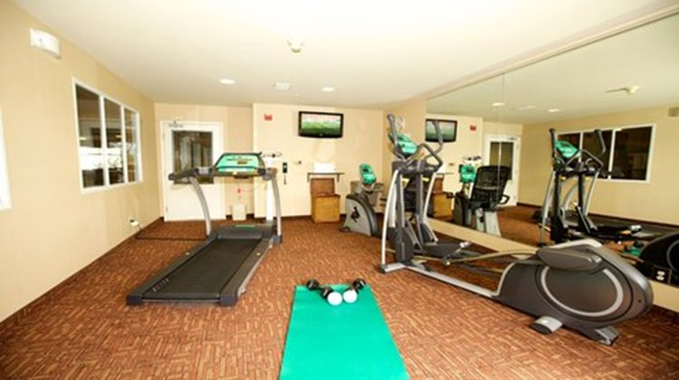 Holiday Inn Express Hotel & Suite Health Club