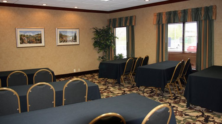 Holiday Inn Express Hotel & Suites-Troy Meeting
