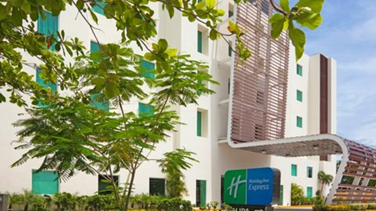 Holiday Inn Express Cd del Carmen Exterior