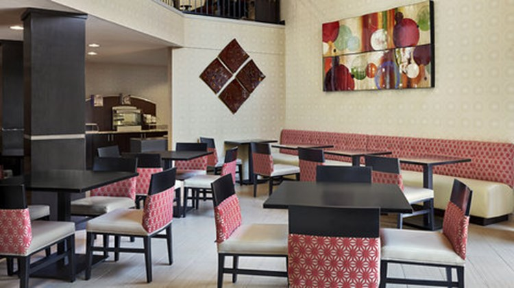 Holiday Inn Expres/Suites Downtown Restaurant