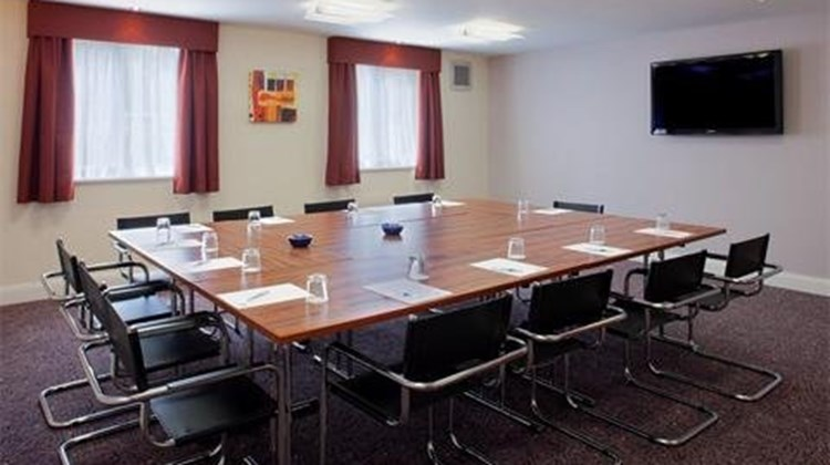 Holiday Inn Express Gatwick Meeting