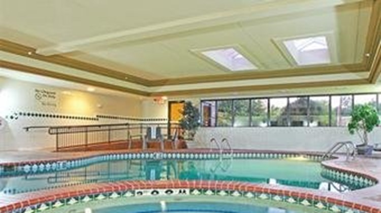 Holiday Inn Express & Suites Tyler South Pool