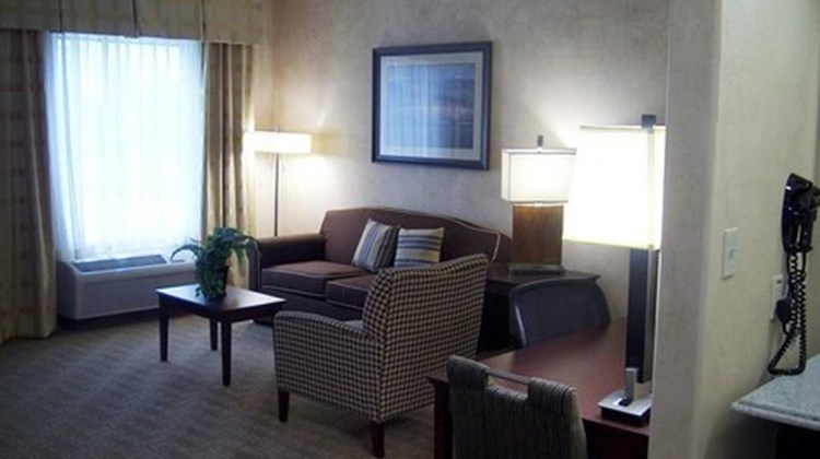 Hampton Inn & Suites Suite