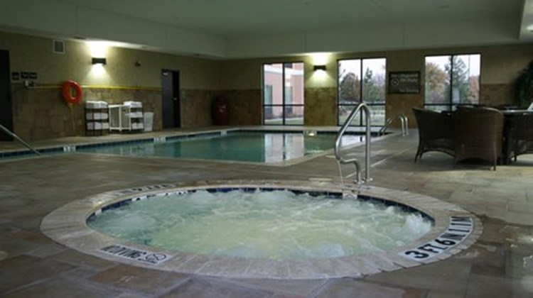 Hampton Inn & Suites Pool