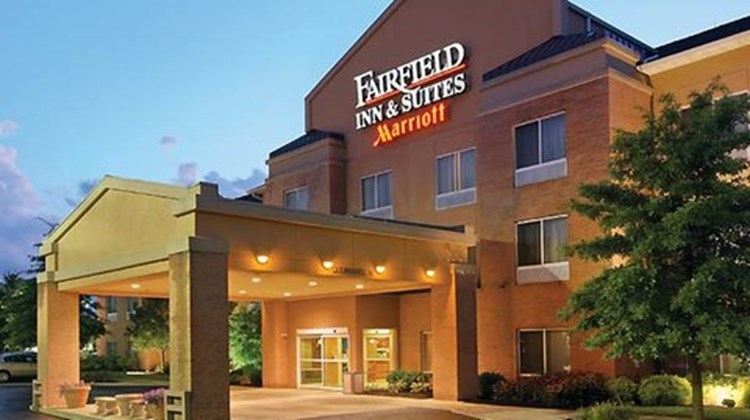 Fairfield Inn & Suites Akron - South Exterior