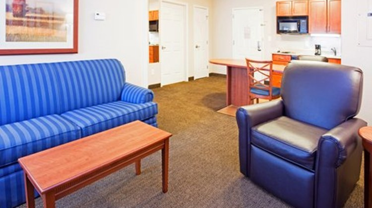 Candlewood Suites New Bern Room