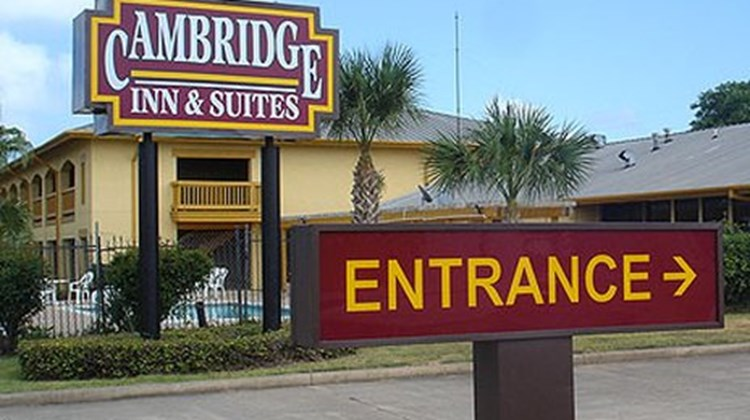 Cambridge Inn & Suites Freeport Exterior
