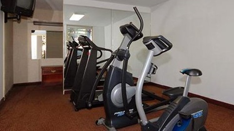 Econo Lodge Inn & Suites Health Club