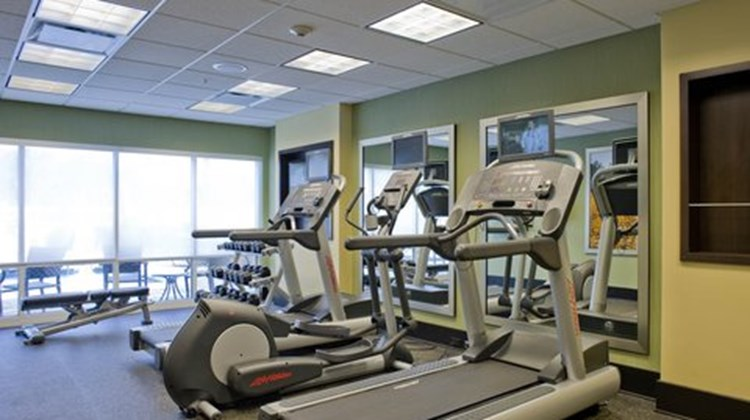 Fairfield Inn & Suites - Columbus Health Club