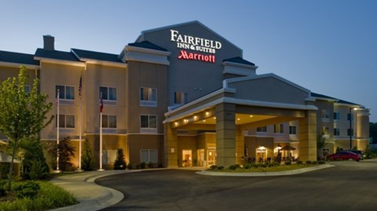Fairfield Inn & Suites - Columbus Exterior