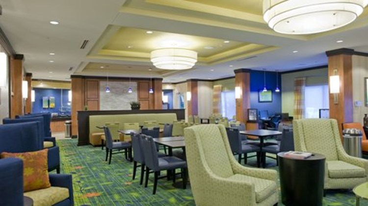 Fairfield Inn & Suites - Columbus Lobby