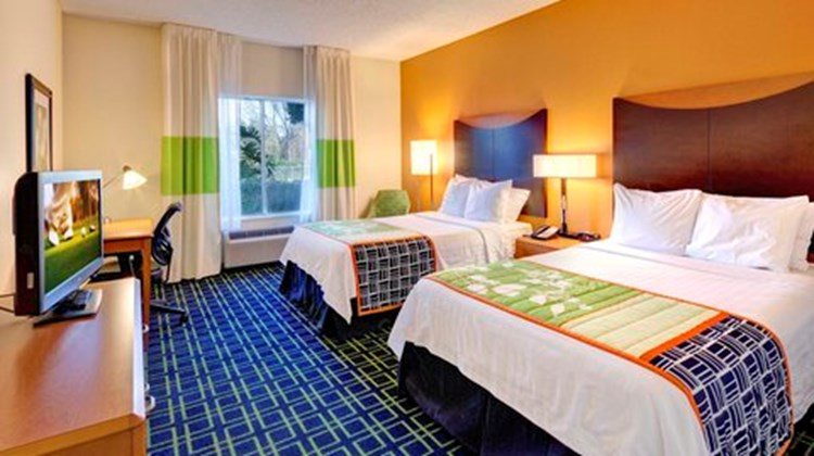 Fairfield Inn & Suites Ocala Room