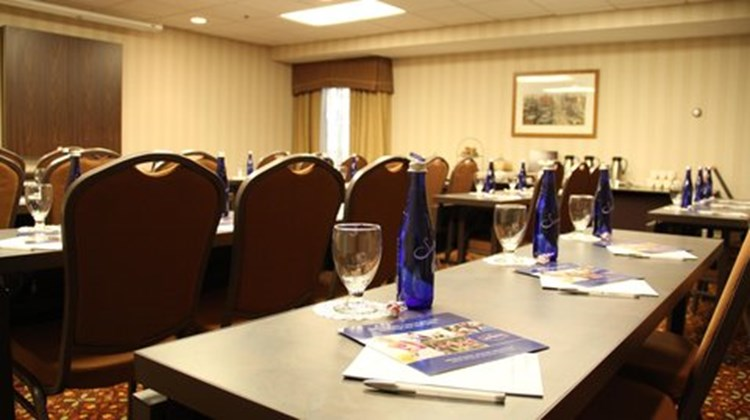 Hampton Inn & Suites Rochester/Victor Meeting