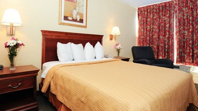 Econo Lodge Kernersville Room