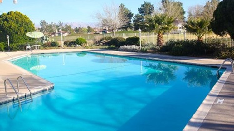 Green Tree Inn & Extended Stay Suites Pool
