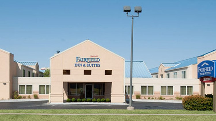 Fairfield Inn & Suites Wichita East Exterior