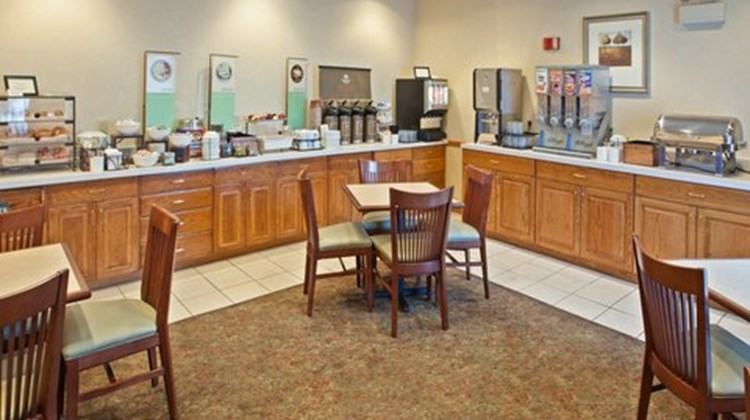Country Inn & Suites Springfield Restaurant