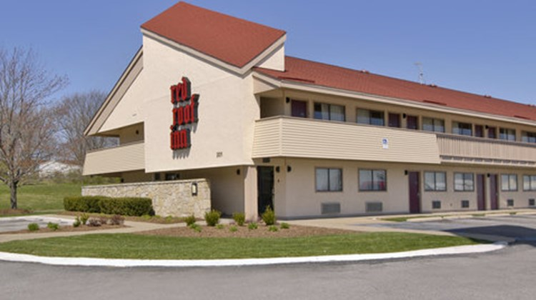 Red Roof Inn Columbia, MO Exterior